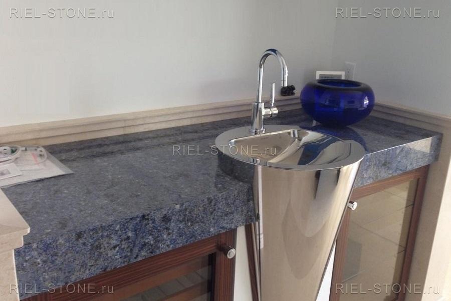 Столешницы из натурального камня для ванной